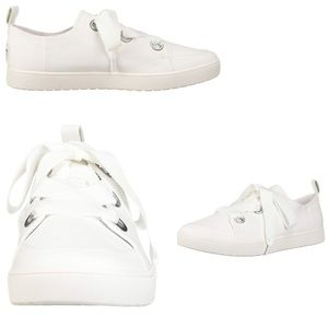 UGG woman's White Sneakers